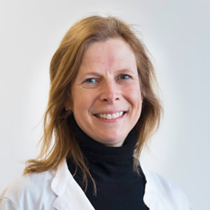 Dr.in Ariane Wiedenhofer
